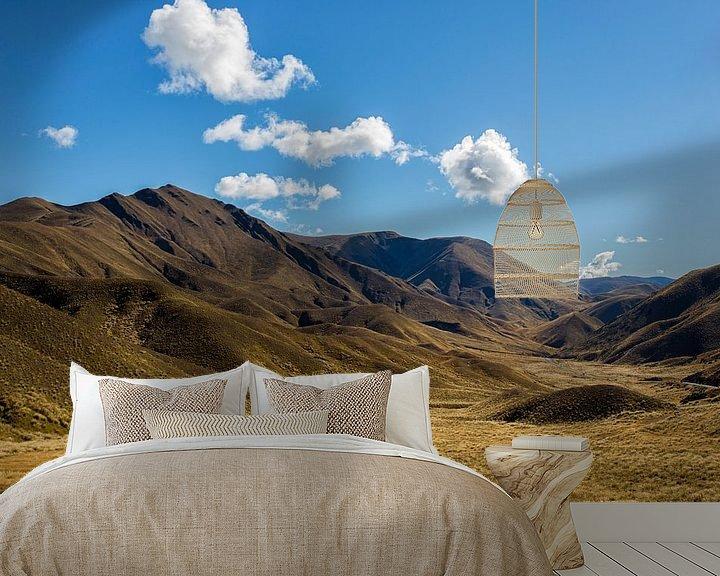 Sfeerimpressie behang: Golden Hills van Cho Tang