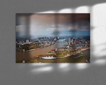 Bui boven Rotterdam vanuit de lucht gezien