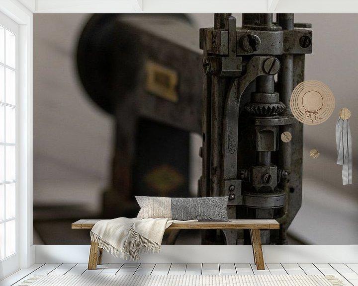 Beispiel fototapete: Oude naaimachine von Joost van Riel