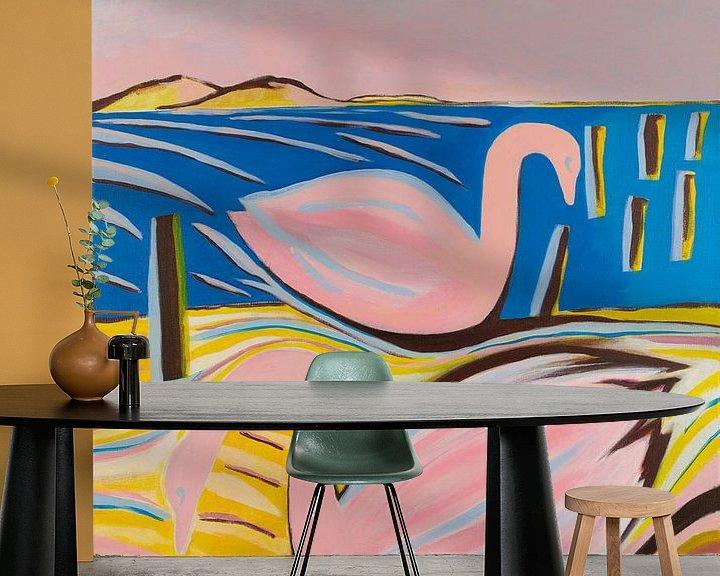 Sfeerimpressie behang: zwanen zwemmen van Verbeeldt