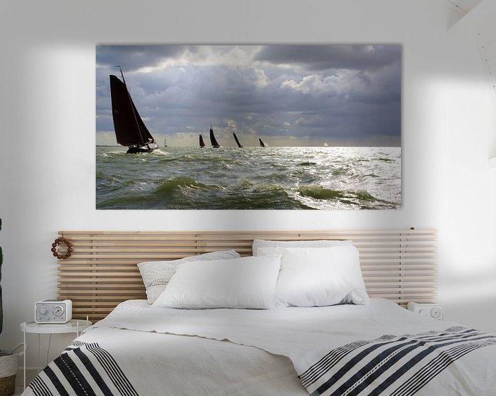 Sfeerimpressie: Ruig IJsselmeer voor Lemsteraken van Hielke Roelevink