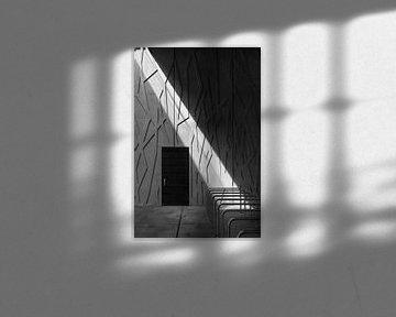 Lichtstrahl in Grautönen von Raoul Suermondt