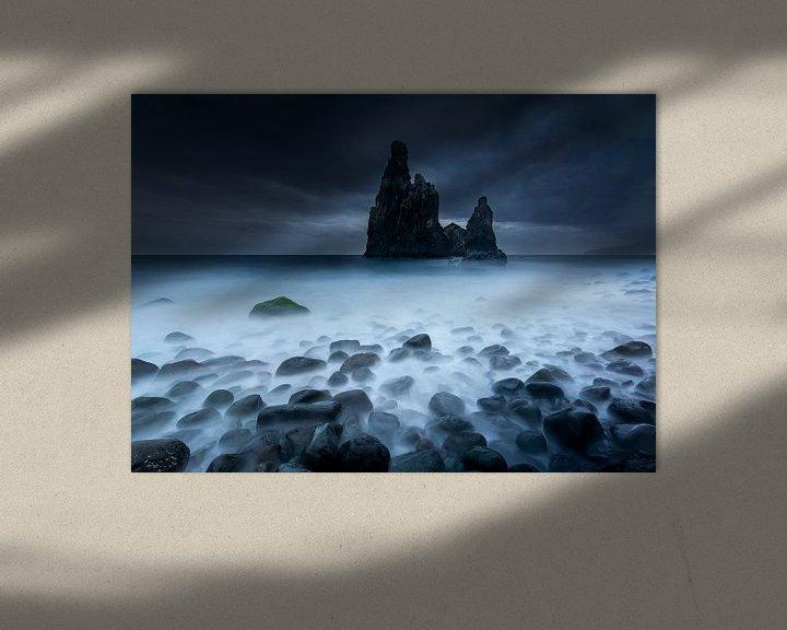 Sfeerimpressie: Rotspieken in de zee van Ellen van den Doel