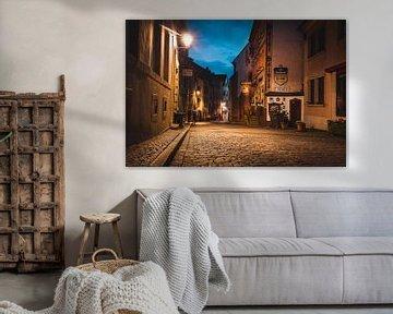 Malerisches Vianden, Luxemburg während der blauen Stunde von Chris Snoek