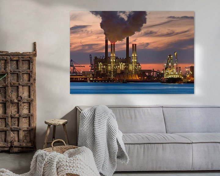 Sfeerimpressie: Nachtfoto Centrale Maasvlakte Rotterdamse haven van Anton de Zeeuw