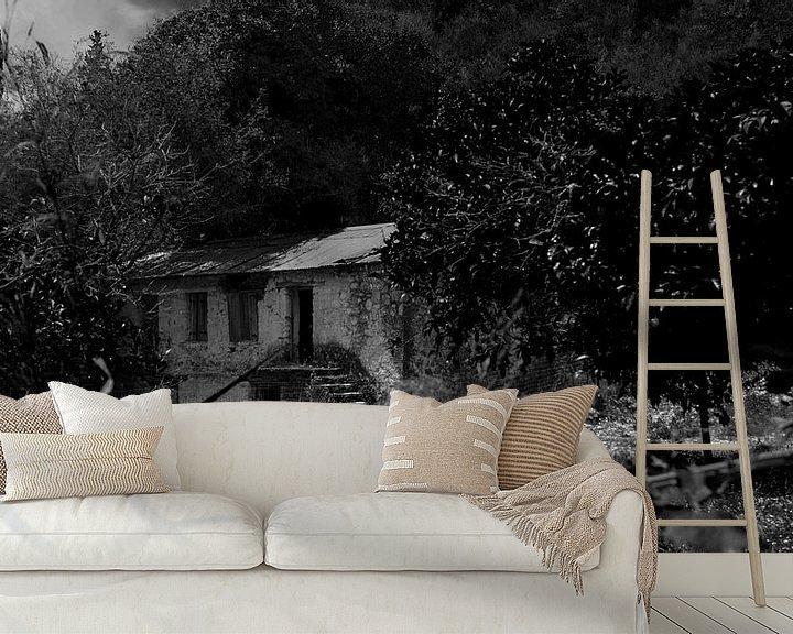 Beispiel fototapete: verlassene Farm auf Lefkas in schwarz-weiß von ticus media