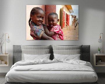 Twee Zusjes in Madagascar von Eelkje Colmjon