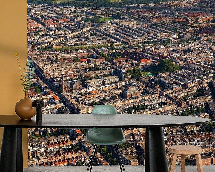 Sfeerimpressie behang: Luchtfoto Valkenboskwartier en Oostbroek-Noord Den Haag van Anton de Zeeuw