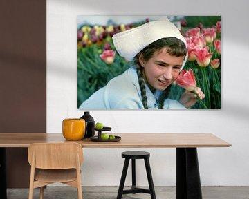 Bloemen meisje 60s van Jaap Ros
