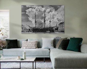 Schwarz/Weiß, Wolken, Amsterdam, Niederlande von Maarten Kost