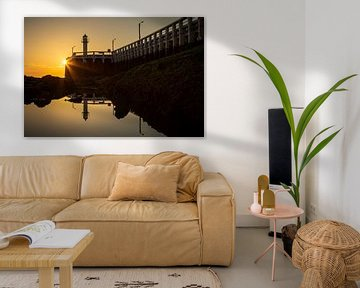 de pier van Nieuwpoort langs de belgische kust tijdens zonsondergang von Fotografie Krist / Top Foto Vlaanderen