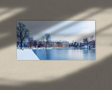 Neues Schloss in Stuttgart im Winter von Werner Dieterich