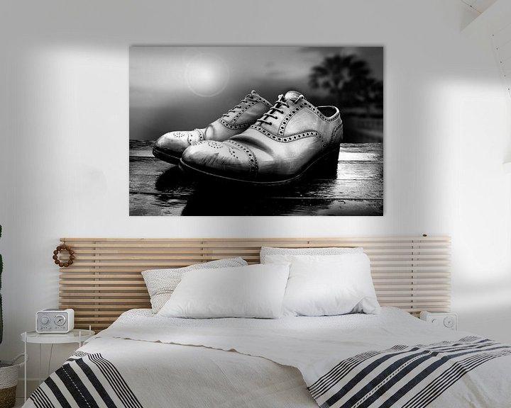 Sfeerimpressie: Oude schoenen (zwart-wit) van Rob Blok