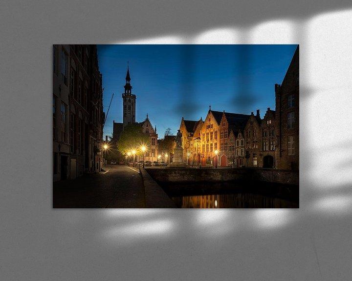 Sfeerimpressie: het standbeeld van Jan van Eyckplein in Brugge, Bruges, Belgie, Belgium van Fotografie Krist / Top Foto Vlaanderen