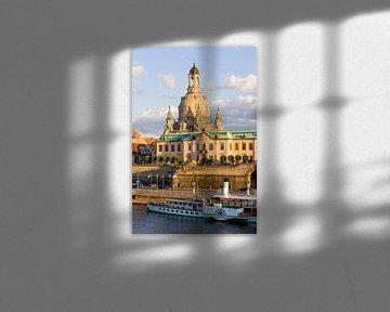 Brühlsche Terrasse und die Frauenkirche in Dresden von Werner Dieterich