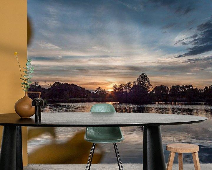Sfeerimpressie behang: Zonsondergang van Roy Vrinten