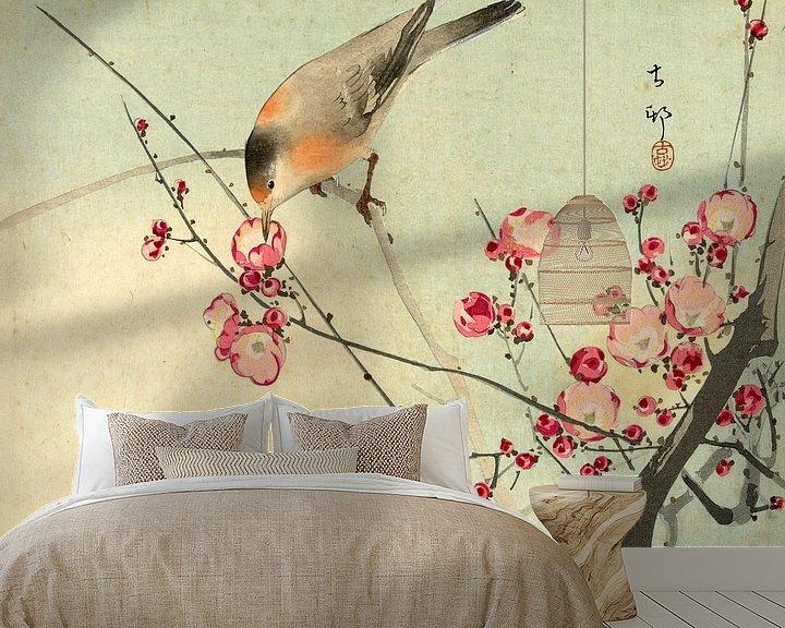 Sfeerimpressie behang: Zangvogel op bloesemtak, Ohara Koson