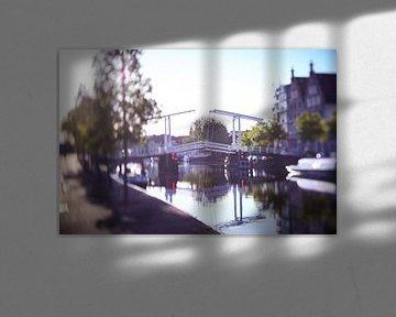 Pont Gravensteen Haarlem dans la lumière du matin sur Karel Ham