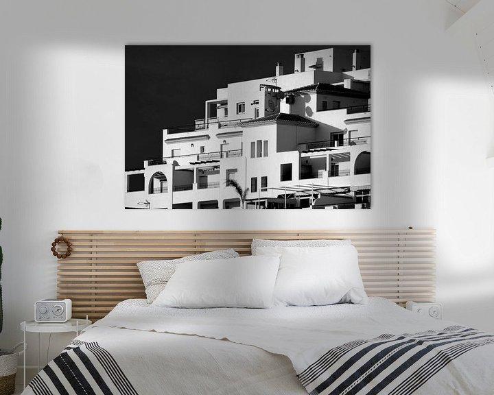 Sfeerimpressie: Witte huizen, Spanje (zwart-wit) van Rob Blok