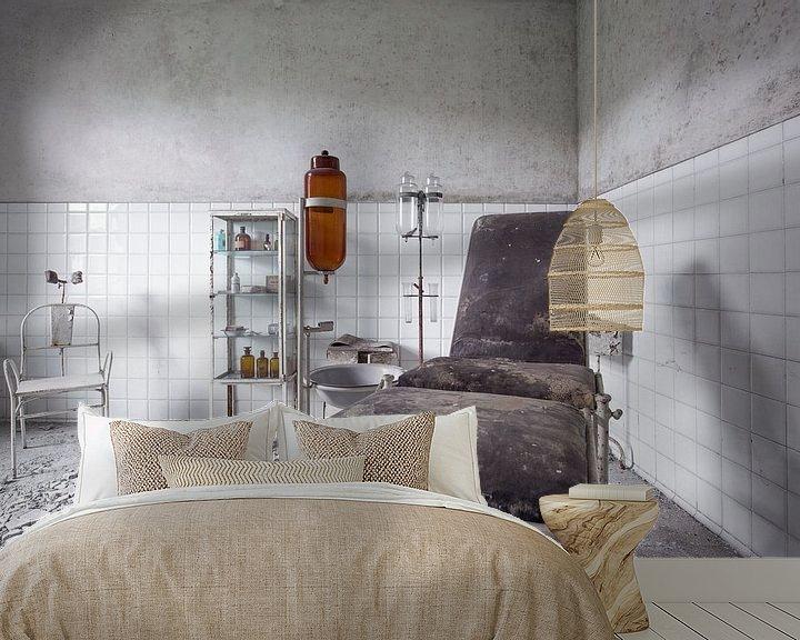 Beispiel fototapete: verlassenes Pflegezimmer von Kristof Ven