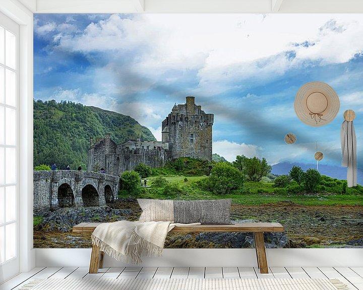 Sfeerimpressie behang: Eilean Donan Castle, Schotland van Gert Hilbink