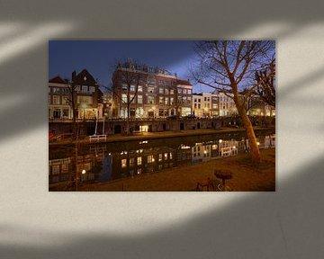 Oudegracht in Utrecht tussen Geertebrug en Vollersbrug von Donker Utrecht