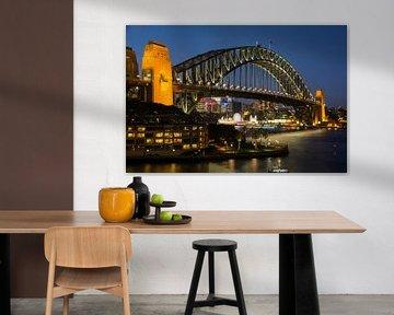 Sydney Harbour Bridge bij zonsondergang van Cathy Janssens