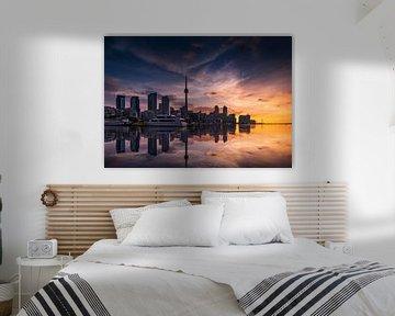 Toronto Skyline bij zonsopkomst van Remco Piet