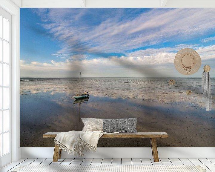 Sfeerimpressie behang: Wachten op hoog water op het wad van Texel van Texel360Fotografie Richard Heerschap