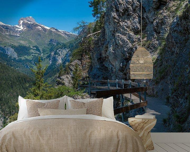 Sfeerimpressie behang: Bisse Torrent-Neuf, Zwitserland van Ingrid Aanen