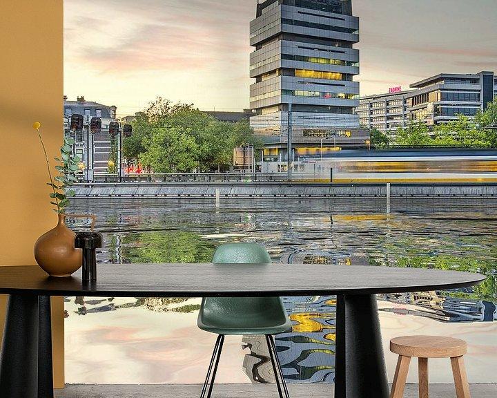 Sfeerimpressie behang: Waterspiegeling Schiekade van Frans Blok
