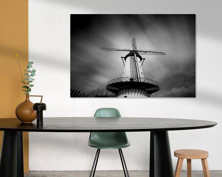 """Sfeerimpressie: long exposure foto van de molen """"de goede hoop"""" in Menen met een dramatische wolkenlucht i van Fotografie Krist / Top Foto Vlaanderen"""