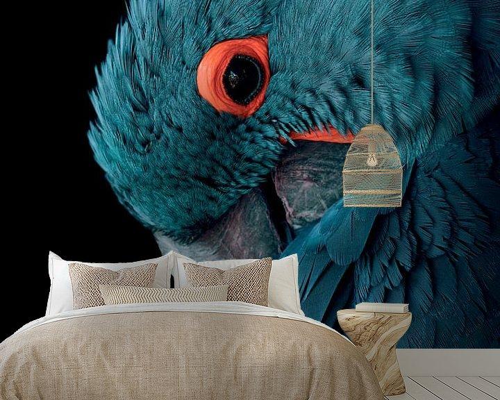 Sfeerimpressie behang: Blauwe ara vogel met vintage kleurstelling - Blauw - Papegaai - Ara - Kaketoe - Vogel - Vleugels - V van Hendrik Jonkman