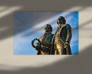 Goethe- en Schiller-monument in Weimar van Werner Dieterich