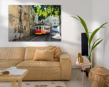 photo de l'impression d'art du tram 28 à lisbonne
