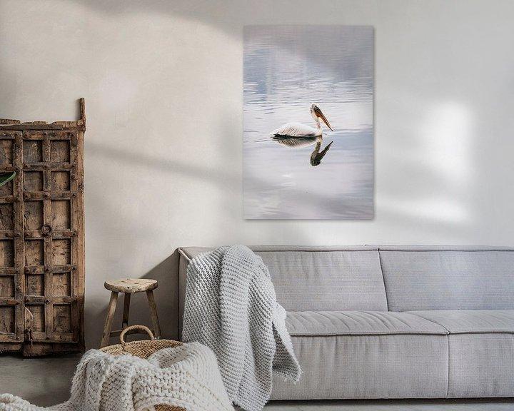 Sfeerimpressie: Reflectie pelikaan van Jessie Jansen