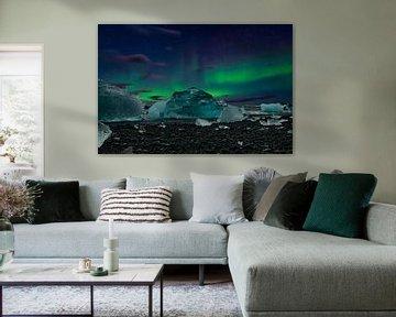 Les aurores boréales d'Islande, les aurores boréales et la glace bleue. sur Gert Hilbink