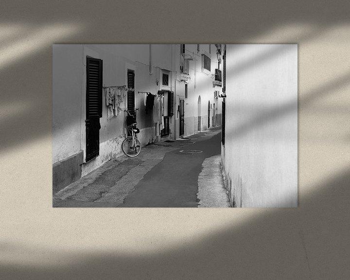 Beispiel: Italienische Gasse Apulien von Inge Hogenbijl