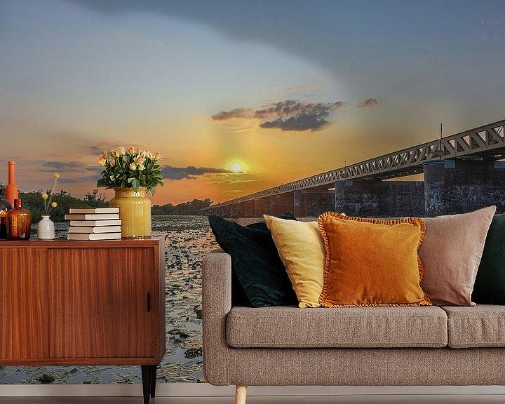 Sfeerimpressie behang: Zonsondergang bij de Moerputtenbrug van Ans Bastiaanssen