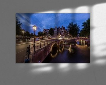 Torensluis by night