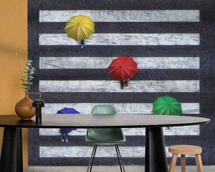 Impression: Parapluies quadrichromes sur croix zébrée sur Marcel van Balken