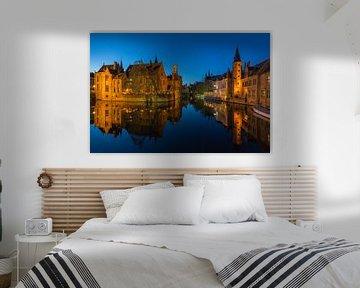 Rosenhutkai in Brügge, Belgien von Nele Mispelon
