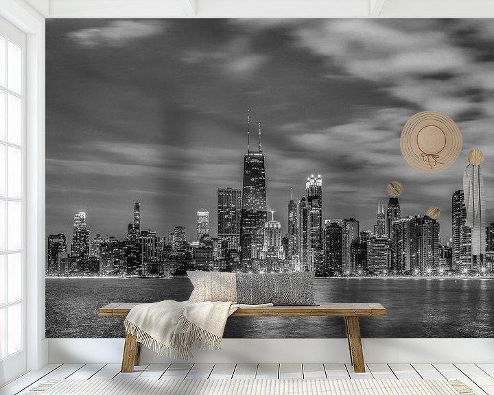 Sfeerimpressie behang: Chicago Black & White van Bart Hendrix