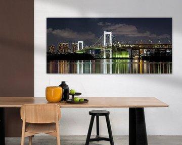 Tokio Rainbow brug over de baai in Tokio van Marcel van den Bos