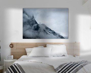 Nahaufnahme der schneebedeckten Berggipfel