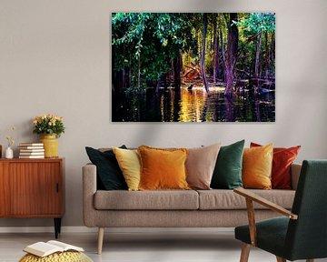 Tropische Bäume im Amazonas-Sumpf in Peru, Südamerika von John Ozguc