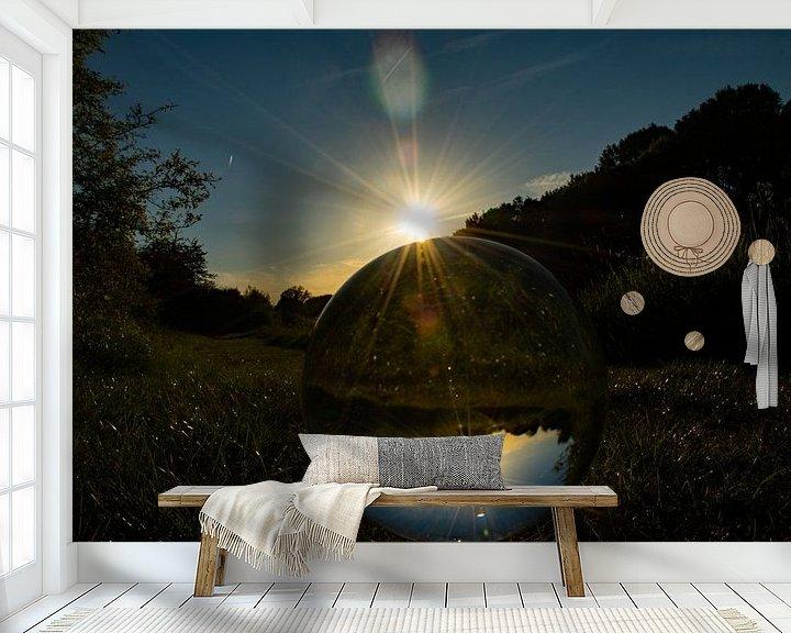 Sfeerimpressie behang: Through a Glass globe van Patrick Boonstra