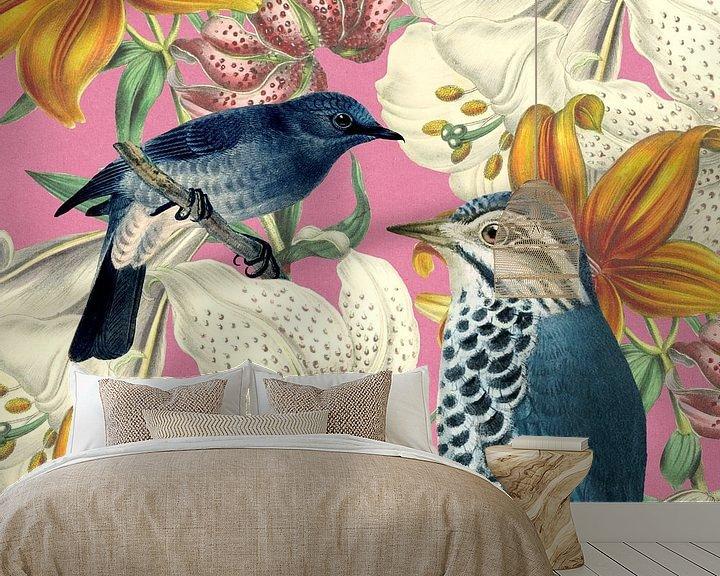 Sfeerimpressie behang: Blue Birds van Marja van den Hurk