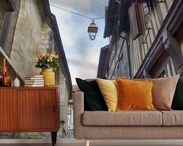 Beispiel fototapete: Straße in Honfleur von Mark Bolijn