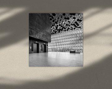Harpa Concert Gebouw interieur, Reykjavik. van David Bleeker